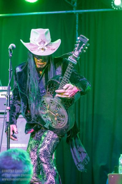 Eric Sardinas @ The Coach House Apr 13